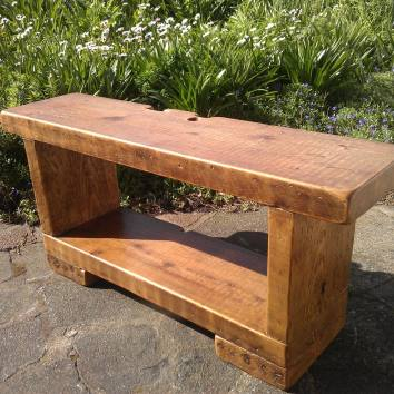 chunky-tv-stand-t-shape-design